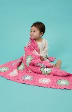 Flower Baby Blanket Free Crochet Pattern from Red Heart Yarns