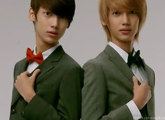 Youngmin and his twin, Kwangmin of the korean boyband Boyfriend. I luv them :3