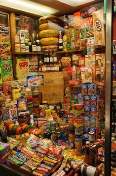 Com supermarket grocery, grocery lists, Pyjama-party Essen, Sleepover Food, Snack Station, Junk Food Snacks, Food Goals, Food Cravings, I Foods, Love Food, Snack Recipes