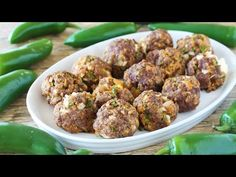 All the flavors of jalapeno poppers wrapped up into a tasty meatball with a surprise cheese-filled center. NOTE: sub almond meal or crushed pork rinds and whipping cream for milk to make keto friendly Almond Recipes, Spicy Recipes, Beef Recipes, Cooking Recipes, Appetizer Salads, Appetizer Recipes, Appetizers, Poppers Recipe, Tasty Meatballs