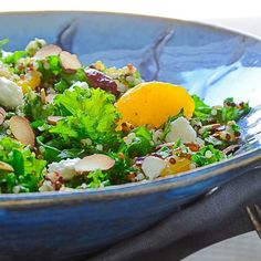 Tender massaged kale, hearty quinoa, bright mandarins, dried cranberries and crunchy almonds in a tangy vinaigrette! Healthy Salads, Healthy Habits, Healthy Eating, Healthy Foods, Kale Recipes, Orange Recipes, Healthy Recipes, Chia Recipe, Recipe Box