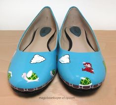 Hand-Painted Nintendo Shoes - BuzzFeed Mobile