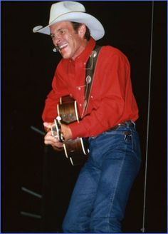 Chris LeDoux in concert,(c) Photographic Dreams, Michael Keyes, weddings, portraits & events,blacksburg wedding photography,beautiful portraiture,nrv wedding professionals