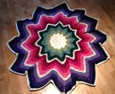 Crochet 12 Point Spectrum Afghan - Pattern, tutorial, and instructions!  This guy is good!