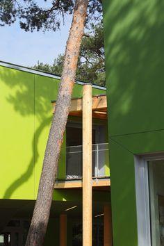School in Kiefernwäldchen, Germany /  Ramona Buxbaum Architekten