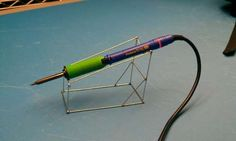 Picture of Soldering Iron Stand (Made Out Of Wire) Physics Projects, Fun Projects, Woodworking Plans, Woodworking Projects, Soldering Iron, Beading Projects, Copper Wire, Making Out