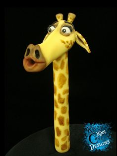 Melman the Giraffe Cake Topper From by KrazyKoolCakeDesigns