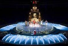 Attend a Cirque du Soleil show - Le Reve, Wynn hotel, Las Vegas .been 2012 Wynn Las Vegas, Visit Las Vegas, Las Vegas Shows, Las Vegas Nevada, Las Vegas Tickets, Las Vegas Trip, Buy Tickets, Disneyland, Vegas Pools