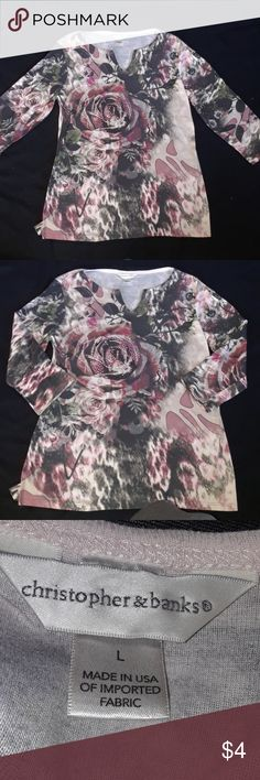 Christopher & banks top Cute ladies top Sz large Smoke and pet free home  My prices are low so the best way to save will be to bundle multiple items Christopher & Banks Tops Tees - Long Sleeve