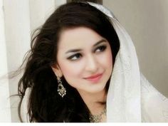 The youngest Pakistani actress Yumna Zaidi is doing many hit dramas. She has glowing face and marvelous talent. Pakistani Girl, Pakistani Wedding Dresses, Pakistani Actress, Pakistani Outfits, Girly Pictures, Celebrity Pictures, Yumna Zaidi, Indian Designer Wear, Hottest Photos