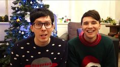 Amazingphil and danisnotonfire a festive day in the life