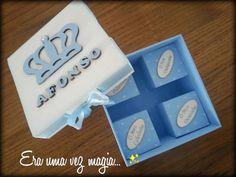 Caixa de recordações de nascimento by Eraumavezmagia on Etsy