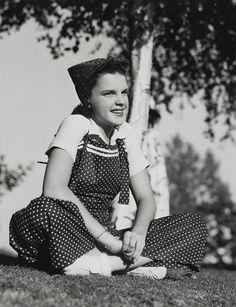 Judy Garland, 1937.