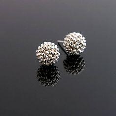Beaded earrings, AG925