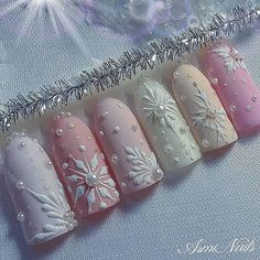 snow nails christmas winter manicure pastel Christmas Nail Designs, winter nails, Christmas nails, f Blue Nail Designs, Winter Nail Designs, Christmas Nail Designs, Gold Designs, Disney Christmas Nails, Christmas Manicure, Holiday Nails, Snow Nails, Xmas Nails