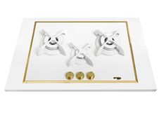 Pramar Stone Dekton Flat 3 Burners Hob. White Defendi Burners. Brass details.
