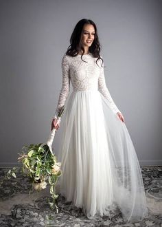 Stunning Long Sleeve Wedding Dresses Ideas 19 - Trendfashionist