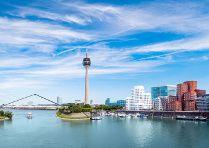 Romantikwochenende in Düsseldorf inklusive Candle-Light-Dinner, Sekt, ...