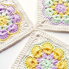 Made in K-town: African Flower Square Tutorial Free crochet tutorial Point Granny Au Crochet, Grannies Crochet, Granny Square Crochet Pattern, Crochet Blocks, Crochet Squares, Crochet Motif, Double Crochet, Knit Crochet, Crochet Patterns