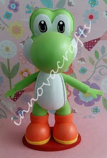 Yoshi. Muñeco hecho de fomi/goma eva/ foamy