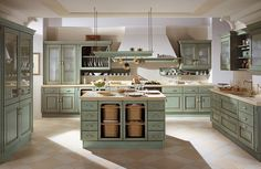TOP cozinha country (no campo) Italian Kitchen Decor, Shabby Chic Kitchen, Kitchen Flooring, Kitchen Furniture, Old Country Houses, Kitchen Cabinet Hardware, Kitchen Cabinets, Kitchen Appliances, Italian Home