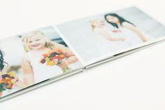 Eksklusiv fotobok laget på ekte fotopapir, som gir tykke sider og en bildeholdbarhet på flere hundre år! Ta en tur innom din nærmeste Elite Foto butikk, der har vi flere eksemplarer hvis du ønsker flere tips og råd.