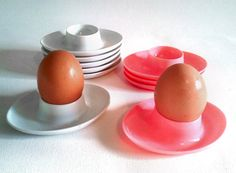Vintage Pink Egg Cups Set of 4 from 1970s by Lunartics on Etsy