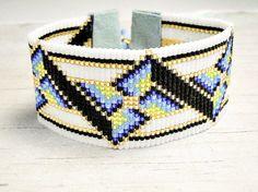 Gerolde boord armband - brede armband - geometrische armband - brede Manchet armband - zaad parel armband - verstelbare armband - giften voor haar