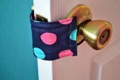 When Life Gives You Lemons...Make Crafts: Pinspiration Sunday: DIY Door Jammers