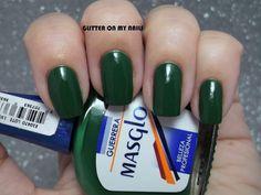 GLITTER ON MY NAILS: GUERRERA Y BRILLO GEL DE MASGLO Make Me Up, How To Make, My Nails, Swatch, Nailart, Drink, Amor, Nail Polish Colors, Simple Toe Nails