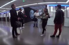17-year-old Lisa #Zimouche shows off her skills to #Ronladinho in the #ParcdesPrinces on a hidden camera. #LisaZimoche #freestylers #soccerfreestyle #soccerskills #juggling #soccervideos