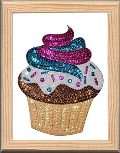 Cupcake made with Color Dome pins and sequins. Cupcake hecho con alfileres Color Dome y lentejuelas DIY New Cardboard frame . Art En 2d, Pin Art, Sequins, Symbols, Sweets, Frame, Diy, Cupcakes, Ideas