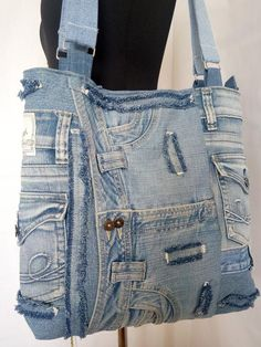 Hobo denim bag made from recycled jeans, Trend 2019 Jeans Trend, Denim Purse, Denim Ideas, Denim Crafts, Denim And Lace, Quilted Handbags, Bag Making, Etsy, Pockets