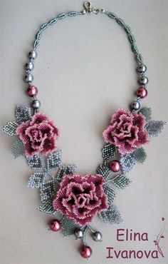 beaded flowers and leaves    http://beadsmagic.com/wp-content/uploads/2012/10/57.jpg
