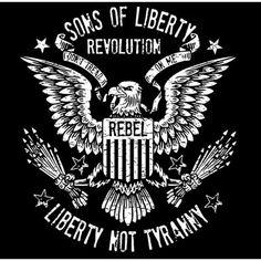 Liberty Not Tyranny: Revolution : T-Shirt