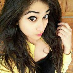 Anupriya Cute Little Girl Dresses, Cute Girl Photo, Cute Little Girls, Beautiful Girl Photo, Beautiful Girl Indian, Beautiful Indian Actress, Cool Girl Pictures, Girl Photos, Simple Girl Image