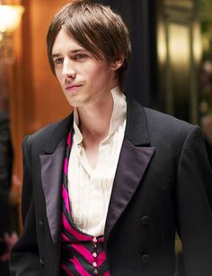 Penny Dreadful - Reeve Carney, I'm still trying to warm up to this Dorian Gray