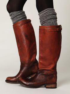 Botas con rayones lustradas marrón