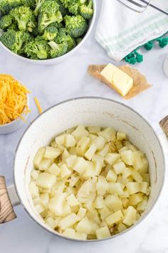 Broccoli Cheddar Mashed Potatoes - #broccoli #cheddar #cheese #easy #potatoes #side-dish #side-dish-christmas #recipes #side-dishes #side-dish-st-patricks-day #side-dish-thanksgiving #realhousemoms