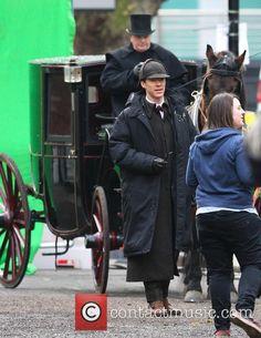 "londonphile: ""falson2: ""Martin Freeman - Benedict Cumberbatch and Martin Freeman film a scene for the 'Sherlock' christmas special in London - London, United Kingdom - Saturday 7th February 2015 "" 1st..."