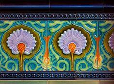 Art Nouveau Tile. Love, love, love this!