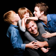 Magenta Studio Photo - choose our family photo service for your family pictures