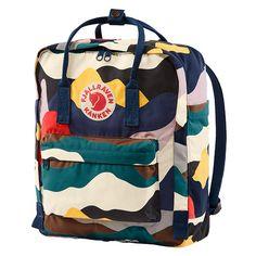 Shop your Kanken bag or backpack from the official Fjallraven online store. We have Kanken mini, re-Kanken and the original, iconic Kanken bag Mochila Kanken, Fjällräven Kanken, Kånken Rucksack, Kanken Backpack, Computer Sleeve, Computer Bags, Mini Backpack, Backpack Bags, Benetton
