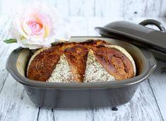 """Heute habe ich ein kräftiges Brot für Euch für den kleinen Haushalt. Gebacken habe ich es in der neuen Form """" Lilly"""", die ab 01.09. bei Pampereed Chef erhältlich ist. Lilly ist der klei…"""