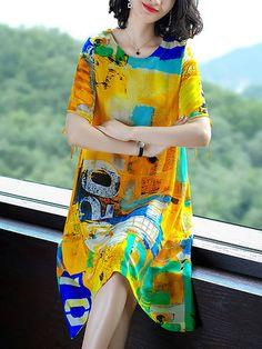Women Yellow Geometric Printed Shift Crew Neck Midi Dress