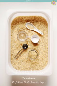 The sensory table and our top 3 sensory boxes – Montessori Bl … – Parenting Ideas Kindergarten Montessori, Montessori Blog, Montessori Trays, Maria Montessori, Montessori Materials, Montessori Activities, Infant Activities, Parenting Goals, Gentle Parenting