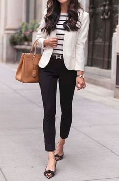 29 Casual Women Outfits Ideas With Blazer - Outfits for Work - Business Outfits for Work Look Blazer, Dress With Blazer, Black Dress Pants, Popular Outfits, Latest Outfits, Winter Outfits For Work, Work Outfits For Women, Blazer Outfits For Women, Monday Work Outfits