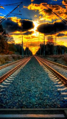 Photography Discover Beautiful sunset photos sunrise photography nature pictures AND inspirational quotes! Beautiful Sunset Beautiful World Beautiful Places Picsart Background Background Images Cool Pictures Cool Photos Old Trains Jolie Photo