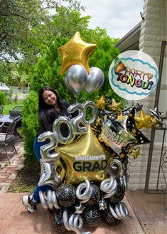 Graduation Balloons, Graduation Party Decor, Grad Parties, Graduation Ideas, Balloon Columns, Balloon Arch, Balloon Bouquet Delivery, Balloon Decorations, Orchids