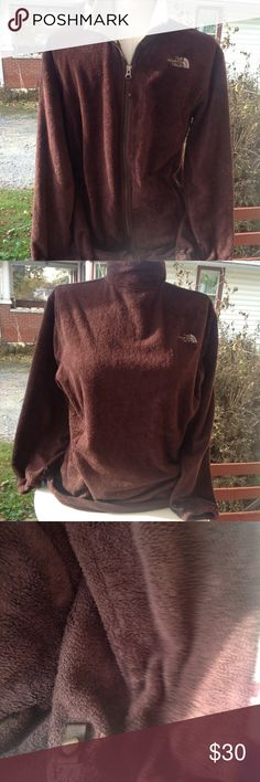 Girls north face fleece jacket. It is a size xlarge, brown, a little worn and has a small stain, in good worn condition. The North Face Jackets & Coats